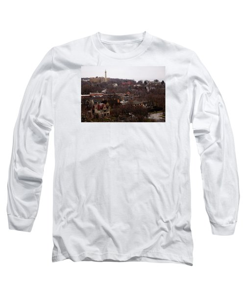 Long Sleeve T-Shirt featuring the digital art Looking North From  Lafayette And Summit. by David Blank
