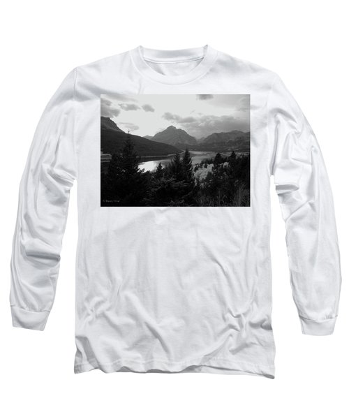 Lower Two Medicine Lake In Black And White Long Sleeve T-Shirt