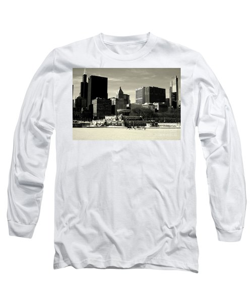 Morning Dog Walk - City Of Chicago Long Sleeve T-Shirt