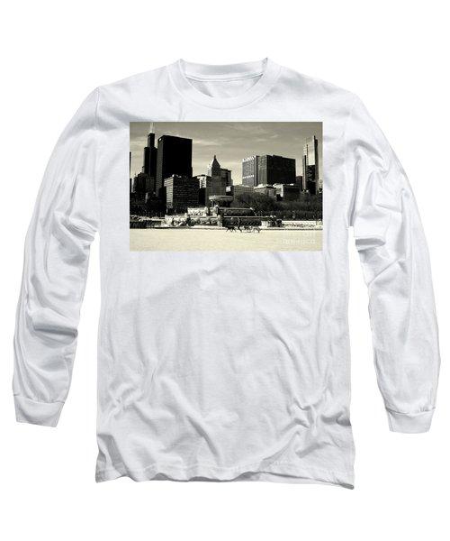 Morning Dog Walk - City Of Chicago Long Sleeve T-Shirt
