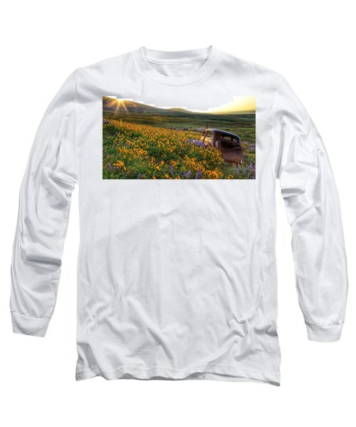 Morning Light On The Old Rusty Car Long Sleeve T-Shirt by Lynn Hopwood