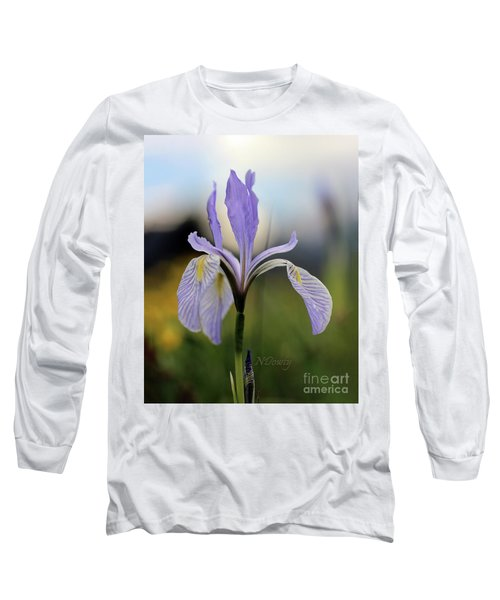 Mountain Iris With Bud Long Sleeve T-Shirt