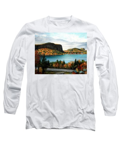 Mt. Kineo, Rockwood, Maine Long Sleeve T-Shirt