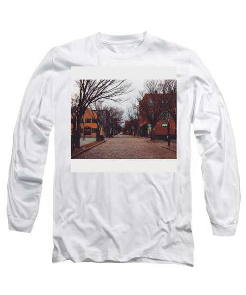 A Christmas Morning Downtown  Long Sleeve T-Shirt