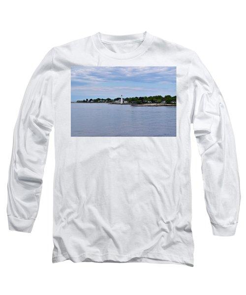 New London Harbor Lighthouse Long Sleeve T-Shirt