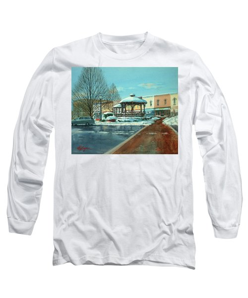 Triangle Park In Winter Long Sleeve T-Shirt