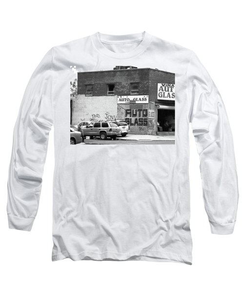 Long Sleeve T-Shirt featuring the photograph New York Street Photography 70 by Frank Romeo