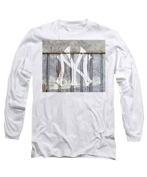 New York Yankees Rustic 2 Long Sleeve T-Shirt