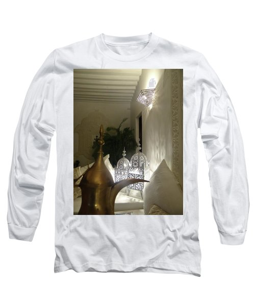 North - Eastern African Home - Lanterns And Jug Long Sleeve T-Shirt