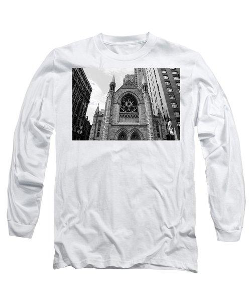 Nyc Holy Trinity Church - Black And White Long Sleeve T-Shirt