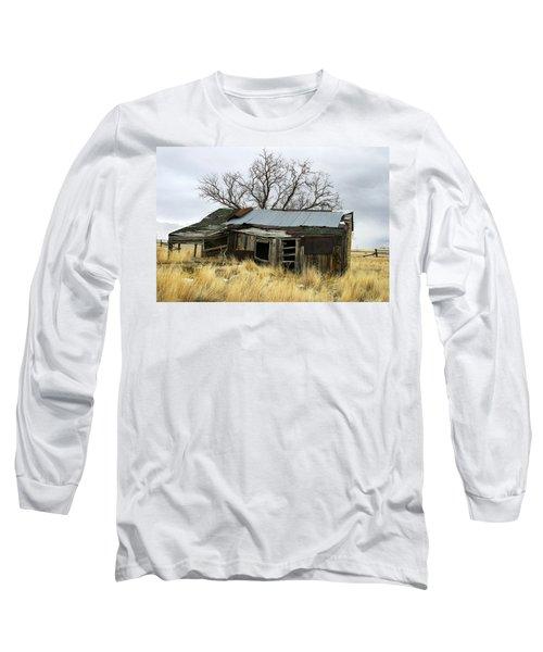 Old Wyoming Farmhouse Long Sleeve T-Shirt