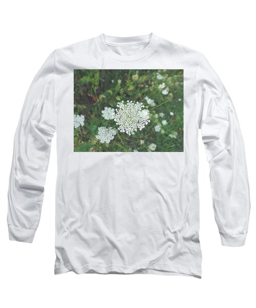 Pale Queen Long Sleeve T-Shirt