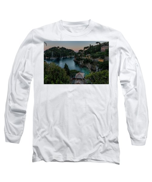 Nervi Coast With Train - La Scogliera Di Nervi E Il Suo Treno Long Sleeve T-Shirt
