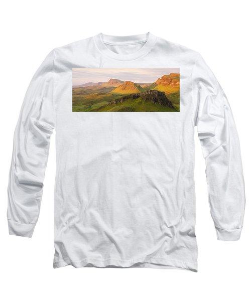Quiraing Panorama Long Sleeve T-Shirt
