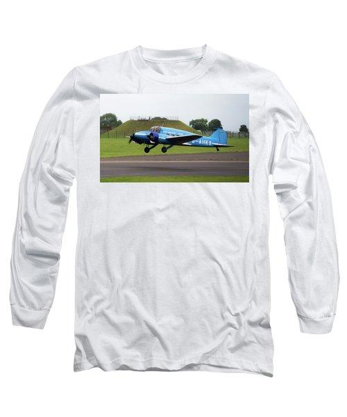 Raf Scampton 2017 - Avro Anson Nineteen During Take Off Long Sleeve T-Shirt