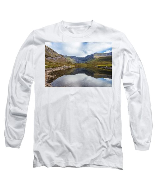 Reflection Of Macgillycuddy's Reeks And Carrauntoohil In Lough E Long Sleeve T-Shirt by Semmick Photo