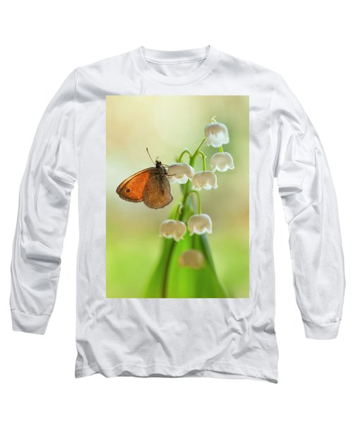 Long Sleeve T-Shirt featuring the photograph Rest In The Morning Sun by Jaroslaw Blaminsky