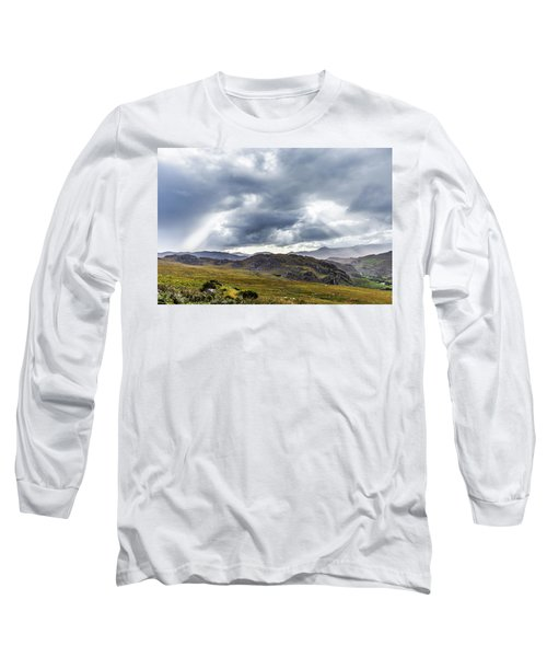 Rock Formation Landscape With Clouds And Sun Rays In Ireland Long Sleeve T-Shirt by Semmick Photo