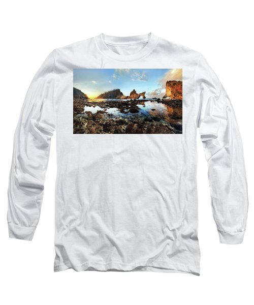 Rocky Beach Sunrise, Bali Long Sleeve T-Shirt