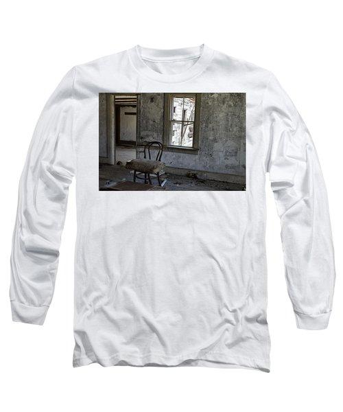 Room Of Memories  Long Sleeve T-Shirt