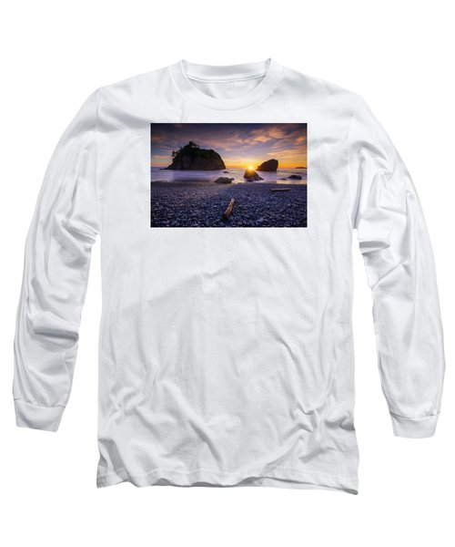 Long Sleeve T-Shirt featuring the photograph Ruby Beach Dreaming by Dan Mihai