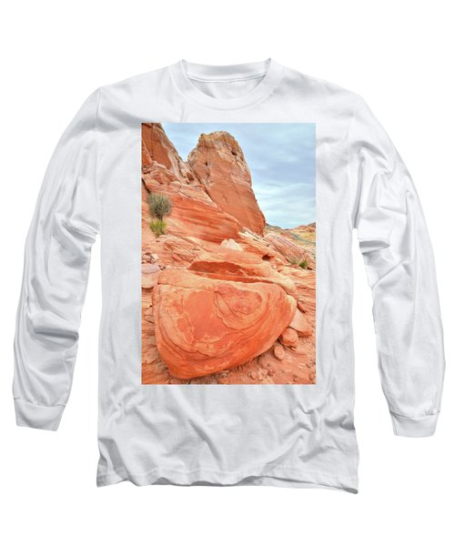 Long Sleeve T-Shirt featuring the photograph Sandstone Pillar In Valley Of Fire by Ray Mathis