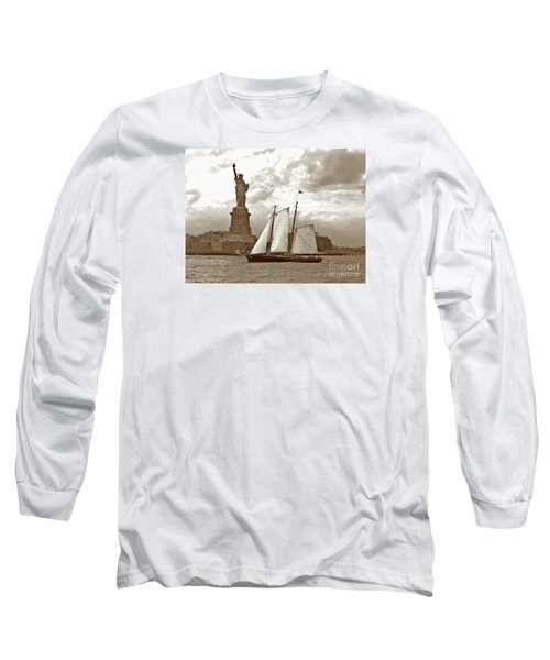 Schooner At Statue Of Liberty Twurl Long Sleeve T-Shirt