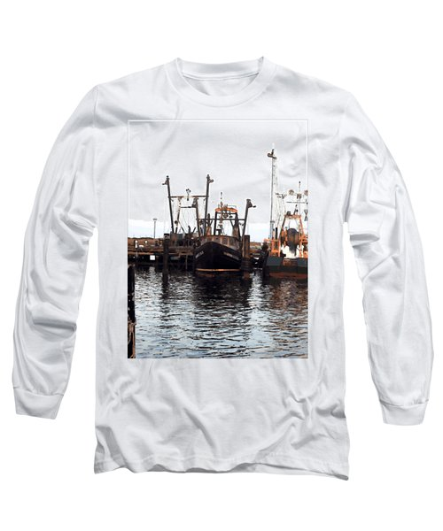 Long Sleeve T-Shirt featuring the digital art Shinnecock Painting by  Newwwman