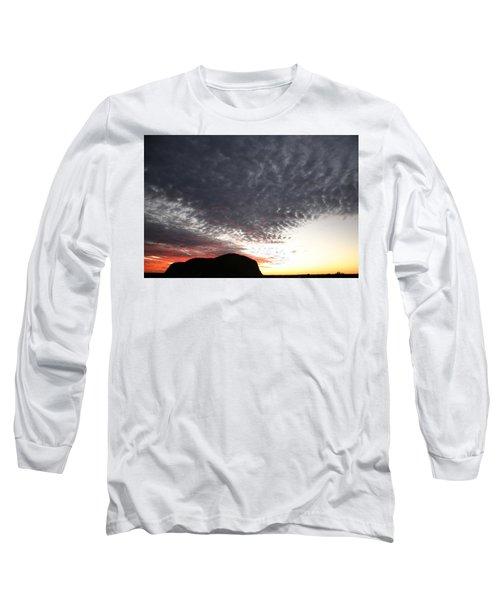 Silhouette Of Uluru At Sunset Long Sleeve T-Shirt