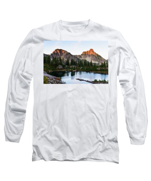 Sunset In Lila Lakes And High Box Mountain Long Sleeve T-Shirt