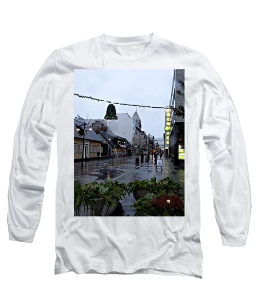 The High Street Long Sleeve T-Shirt
