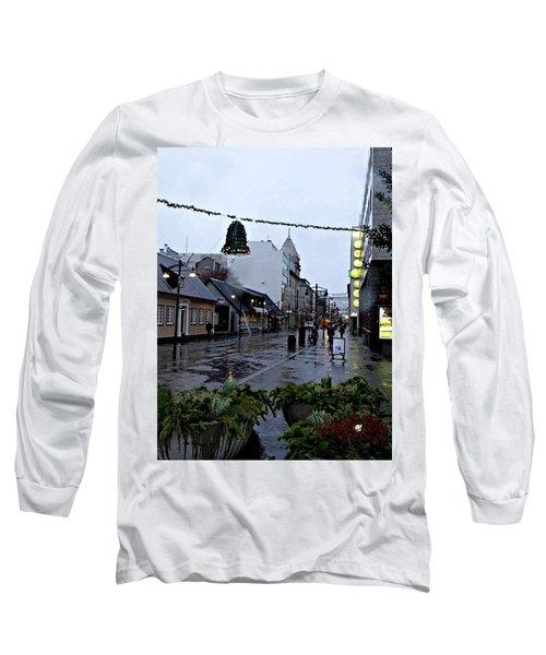The High Street Long Sleeve T-Shirt