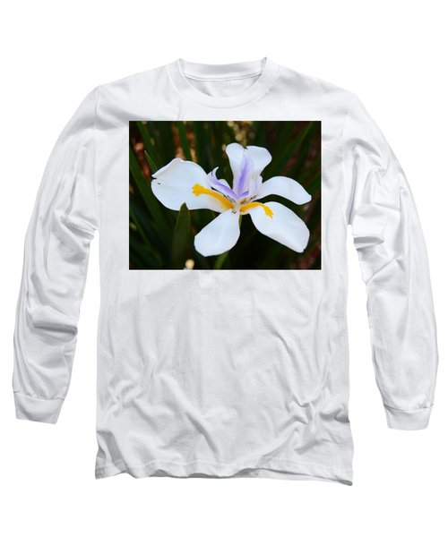 The Legacy African Iris Long Sleeve T-Shirt by Warren Thompson