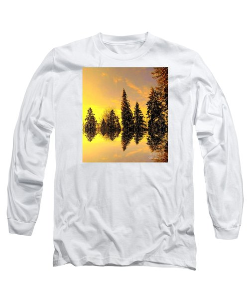 Long Sleeve T-Shirt featuring the photograph The Light by Elfriede Fulda