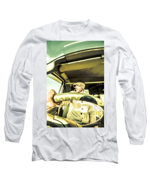 Tourist Sightseeing In Van Long Sleeve T-Shirt