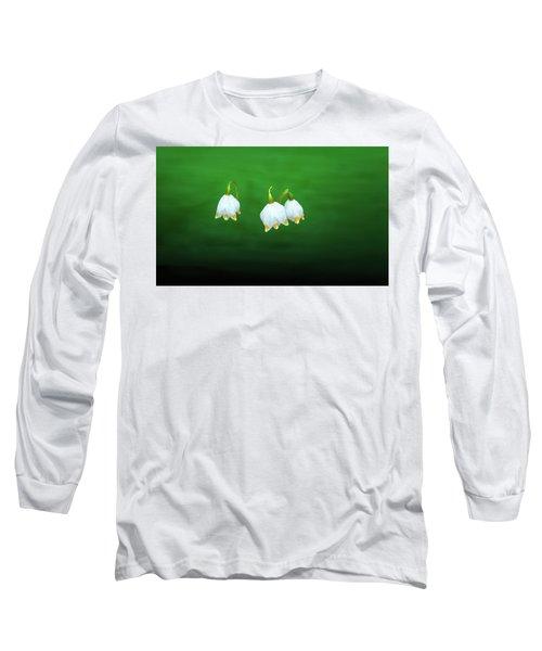 Turkey-eggs On Green #g2 Long Sleeve T-Shirt