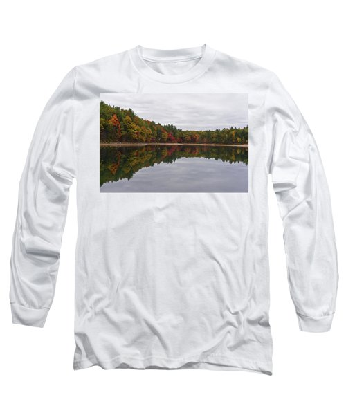 Walden Pond Fall Foliage Concord Ma Reflection Trees Long Sleeve T-Shirt