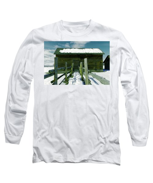 Long Sleeve T-Shirt featuring the photograph Walkway To An Old Barn by Jeff Swan