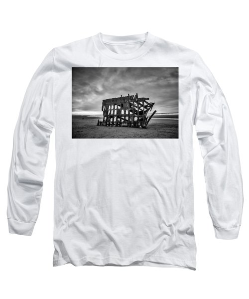 Weathered Rusting Shipwreck In Black And White Long Sleeve T-Shirt