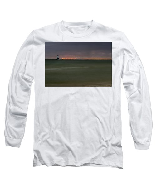 Wide View Of Lighthouse And Sunset Long Sleeve T-Shirt