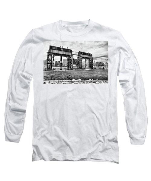 Winter Gantry Long Sleeve T-Shirt