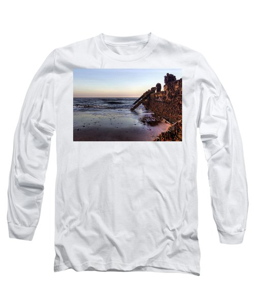 Withernsea Groynes At Sunset Long Sleeve T-Shirt
