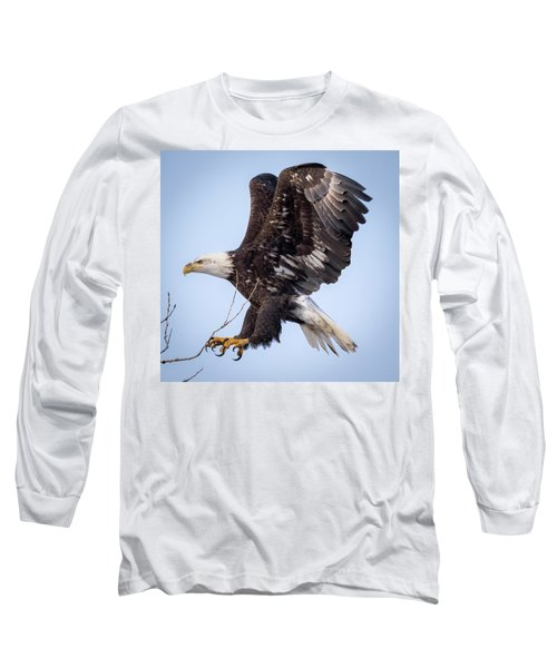 Eagle Coming In For A Landing Long Sleeve T-Shirt