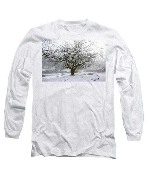30/01/19  Rivington.  Japanese Pool. Snow Clad Tree. Long Sleeve T-Shirt