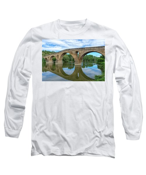 Bridge The Queen On The Way To Santiago Long Sleeve T-Shirt