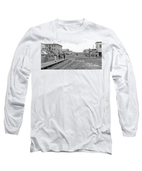 Centre Street Assiniboia  Sasketchewan  Ca  1915 Long Sleeve T-Shirt