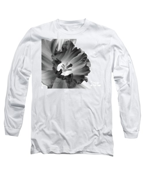 Daffodil Cornered Long Sleeve T-Shirt