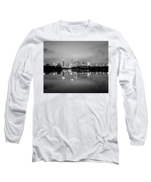 Dallas Cityscape Reflections Black And White Long Sleeve T-Shirt