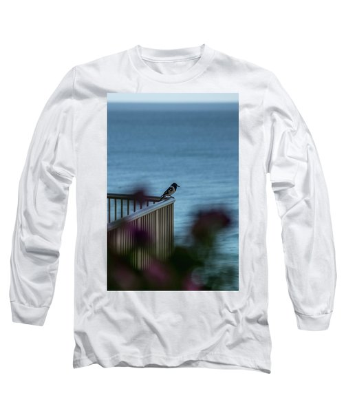 Magpie Bird Long Sleeve T-Shirt