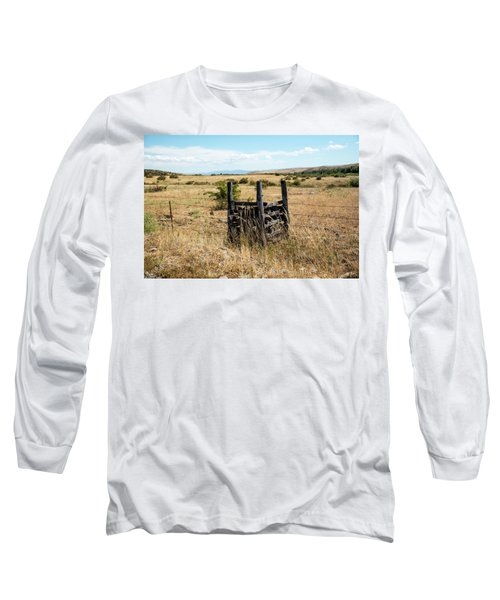 Yellow Grass And Fence Anchor Long Sleeve T-Shirt